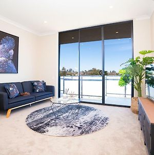 Sp246-Brandnew Modern Apt In Penrith With Parking photos Exterior