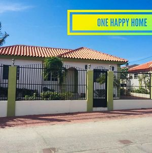 One Happy Home 10 Mins From The Beach photos Exterior