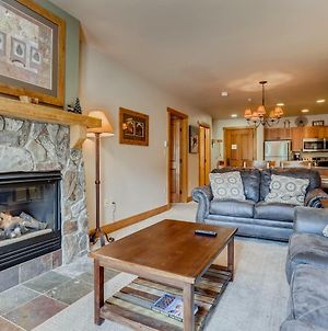 Premier Red Hawk Lodge 2 Br~Walk To Slopes~Kids Ski Free Condo photos Exterior