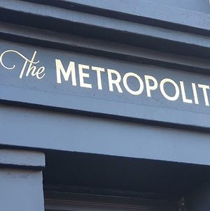 The Metropolitan photos Exterior