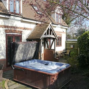 Measure Cottage - Sleeps 6 - Private Hot Tub And Garden photos Exterior
