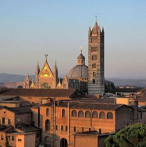 Live Siena From The Very Top photos Exterior