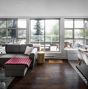 The Lookout Penthouse // A Luxe Suite In Whistler photos Exterior