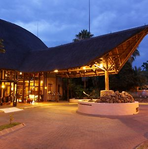 Cresta Mowana Safari Resort & Spa photos Exterior