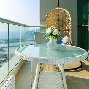 Al Bateen Residences By Deluxe Holiday Homes photos Exterior