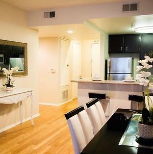 Luxury Hollywood 2Br Condo Near Dolby Theater photos Exterior