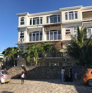 Studio- Grand Bay- 30 Meters From The Beach photos Exterior