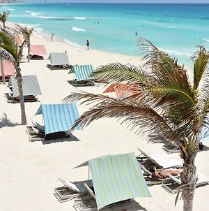 By Tim M - Penthouse #3000 - On The Beach In The Cancun Hotel Zone photos Exterior