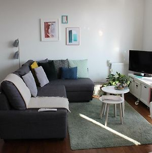 Entire Double Bed Flat With River View Minimum Stay 20 Days photos Exterior