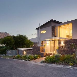 Villa Rhulani - Luxurious Modern Villa In Hout Bay photos Exterior