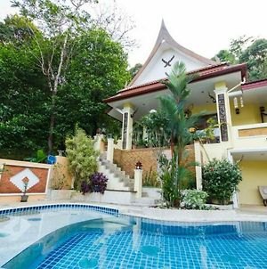 Villa Sawadee With Swiming Pool In Tropical Garden photos Exterior
