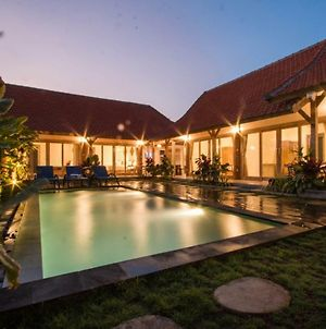 Devan Guest House Canggu photos Exterior