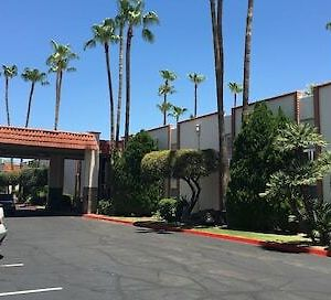 Quality Suites Old Town Scottsdale photos Exterior