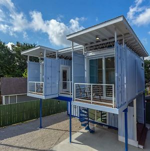 East Downtown Micro-Luxe Container Living Pod #10 photos Exterior