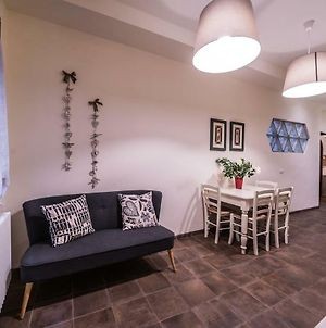Spacious Apt With Terrace 200 Meters From Duomo photos Exterior