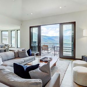 Luxury Seclusion-Stunning Mtn Views-Access To Base Amenities Duplex photos Exterior