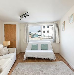 Camden Town Flat, Sleeps 6 In Trendy North London photos Room