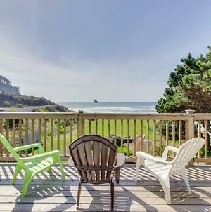 Shoreline Cottage Oceanfront Vacation Rental photos Exterior