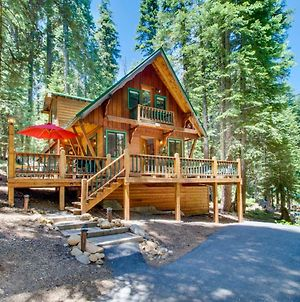Tahoe Pines Cabin photos Exterior