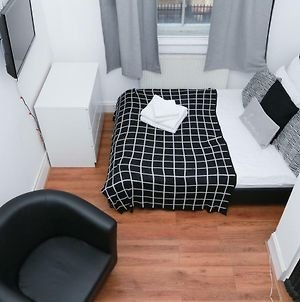 Leicester Square - Ideal & Super Comfy Flat For 6 photos Exterior