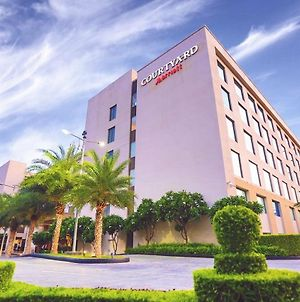 Courtyard By Marriott Agra photos Exterior