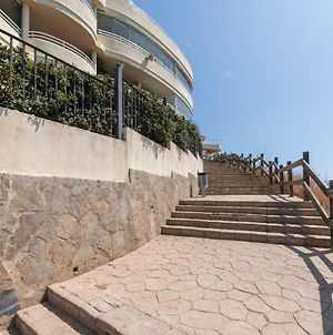 Costa Quebrada Beachfront Apartment photos Exterior