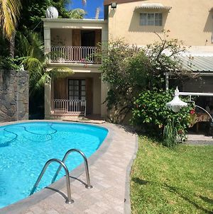 Paille En Queue With Heated Pool Piscine Chauffee photos Exterior