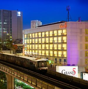Grand 5 Hotel & Plaza Sukhumvit Bangkok photos Exterior