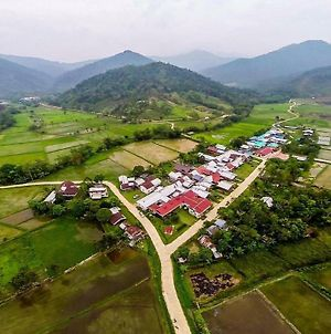 Sina Rang Lemulun Homestay And Handicraft photos Exterior