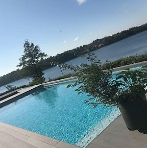 Exclusive Lakefront Estate With Pools In Stockholm photos Exterior