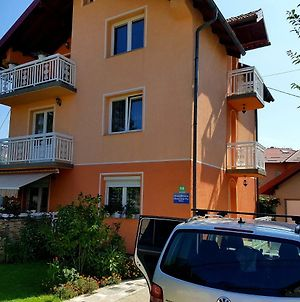 Guesthouse Relax And Fly Sarajevo photos Exterior