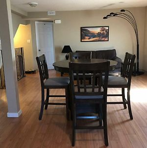 C4 Large Unshared 1 Queen Bed Apartment Downtown photos Exterior