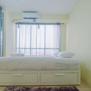 Tifolia Studio Apartment With Double Bed Near Lrt Station By Travelio photos Exterior