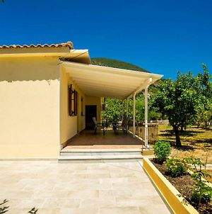 Lefkada Family Friendly House With Parking ,Yard photos Exterior