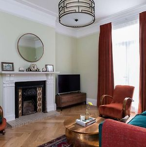 Grand & Gorgeous, 5Br Family Home In Leafy Sw London photos Exterior