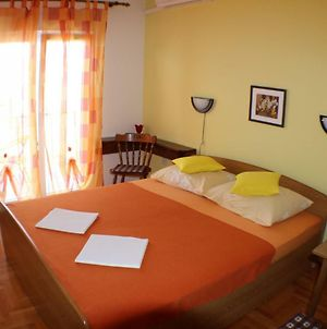 Apt And Rooms Josi - 50 M From Sea photos Exterior