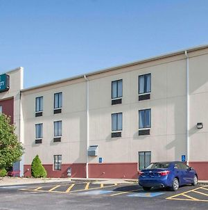 Quality Inn Joplin photos Exterior