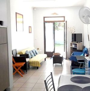 House With 2 Bedrooms In L'Etangsale Les Bains With Enclosed Garden And Wifi 30 M From The Beach photos Exterior