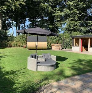 Spacious Holiday Home In Voorthuizen With Hot Tub photos Exterior