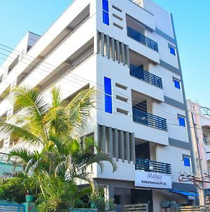 Mahas Homestays | Brand New Fully Furnished Air Conditioned Apartments photos Exterior