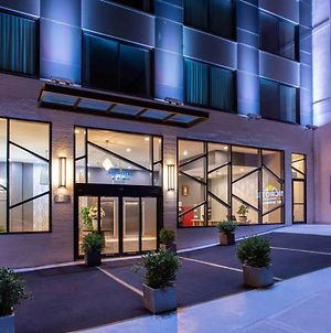 Microtel Inn By Wyndham Long Island City photos Exterior