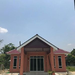 Homestay Tasek Gelugor photos Exterior