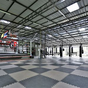 Bangarang Muay Thai And Fitness Gym photos Exterior