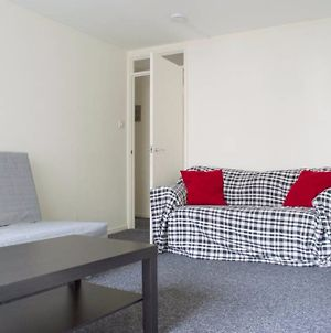 1 Bedroom Flat In Old Town Accommodates 4 photos Exterior