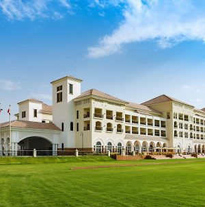 Al Habtoor Polo Resort photos Exterior