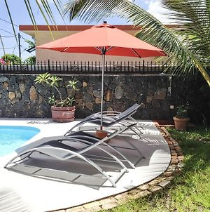 Apartment With One Bedroom In La Mivoie La Preneuse Black River With Wonderful Sea View Pool Access Furnished Balcony 500 M From The Beach photos Exterior