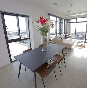 Waterfront Apartment In The Viaduct photos Exterior