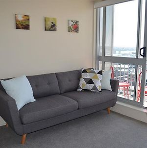 Cosy Two Bedroom Harbour Views Apartment photos Exterior