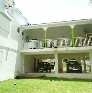 Villa With 4 Bedrooms In Le Gosier, With Furnished Garden And Wifi - 6 photos Exterior