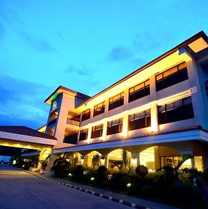 Mactan Isla Resort photos Exterior